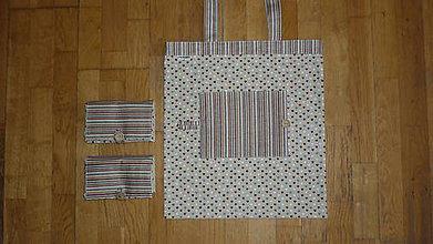 Nákupné tašky - Taška nákupná skladacia s vreckom  - štyri varianty (5 srdiečka) - 10682414_