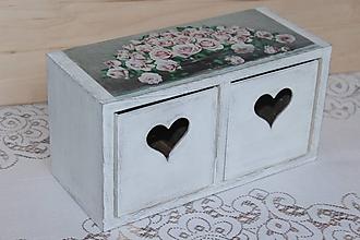 Nábytok - komôdka ruže v bielom vyšúchaný vzhľad - 10682585_