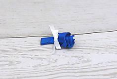 Pierka - Pierko tmavomodro-biele ruža - 10681855_
