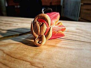Náhrdelníky - Prívesok, tulipán - 10681944_