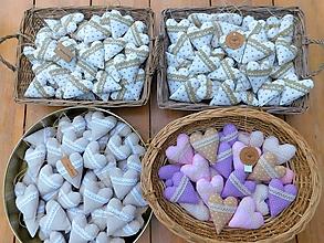 Darčeky pre svadobčanov - Svadobné levanduľové srdiečka - 10680761_