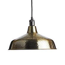 Svietidlá a sviečky - Industriálne závesné svietidlo INDUSTRIAL, ručne kované tienidlo v mosádznej farbe - 10685656_