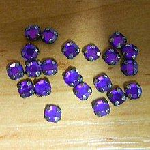 Iný materiál - Štrasové kamienky kruhové 5 mm plastové (tmavofialová) - 10685813_