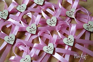 Pierka - Svadobné pierka s iniciálkami a dvojitou stužkou ružové - 10687302_
