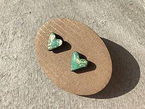 Náušnice - Zeleno - zlaté mini srdiečka - 10690101_