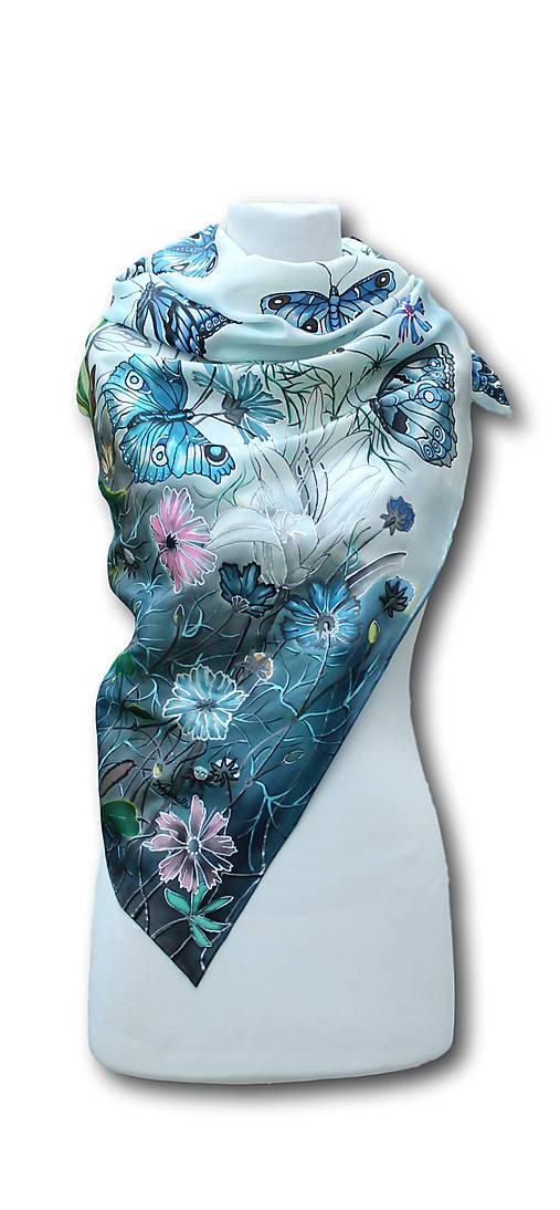 Hodvábna šatka - Lúka plná motýľov