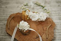 Ozdoby do vlasov - Romantický svadobný set vhodý aj na 1. sv.prijímanie - kvetinový venček a náramok - 10687880_