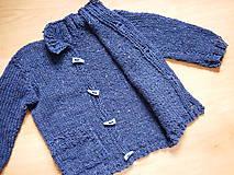 Detské oblečenie - chlapčenský svetrík jednoduchoklasický - 10688900_