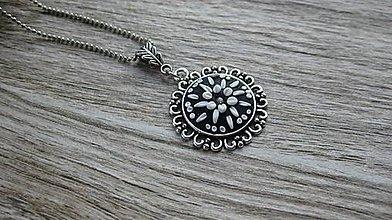 Náhrdelníky - Náhrdelník čierno biely ozdobný, č. 2664 - 10687985_