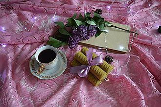 Svietidlá a sviečky - Sviečky z včelieho vosku - 10689216_