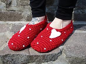 Obuv - Valentínske papuče podšité filcom č.38-39 - 10688736_