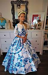 "Detské oblečenie - FLORAL FOLK "" Slovenská ornamentika "", dievčenské spoločenské dlhé šaty - 10692574_"