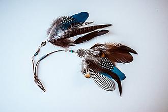 Ozdoby do vlasov - Bohémska tyrkysová sponka s perím - 10692626_