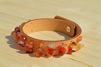 Náramky - Kožený náramok s úlomkami kameňov (Kožený náramok (úlomky Karneol)) - 10691909_