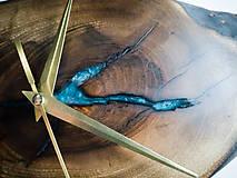 Hodiny - Split - Orechové drevené hodiny - 10692856_