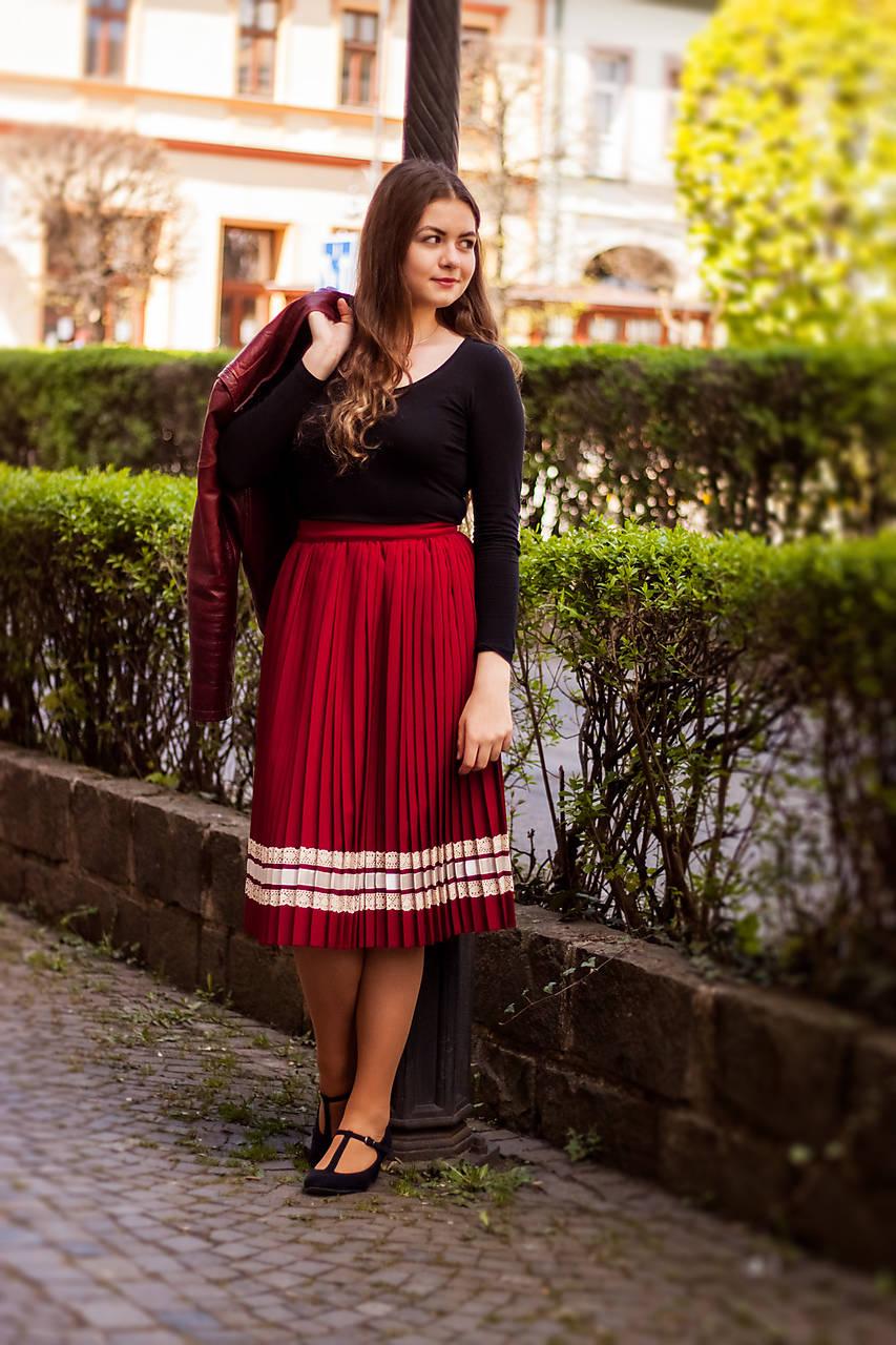 Sukne - Ručne plisovaná sukňa - Bordová 2 - 10692428_