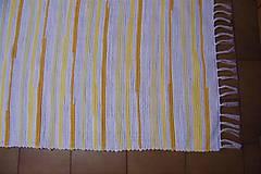 - Tkaný koberec bielo-žlto-oranžový - 10693110_