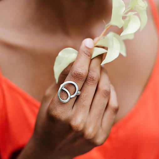 Prstene - Stylový výrazný prsten Orange Lake - 10694879_
