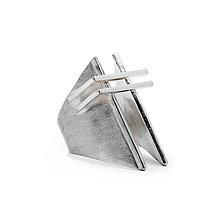 Prstene - Stylový výrazný prsten EREZ - 10694949_