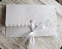 """Papiernictvo - svadobná obálka na peniaze biela """"srdiečková"""" - 10696498_"""