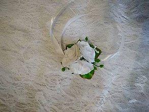 Kytice pre nevestu - náramok pre družičky biele ruže - 10696369_