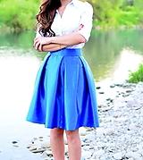 KRÁTKA skladaná sukňa