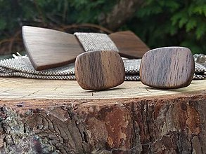 Doplnky - Pánsky drevený motýlik, manžetové gombíky a traky - 10697897_