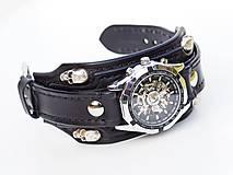 Náramky - Gotické kožené hodinky  čierne - lebka, s iniciálmi - 10698698_