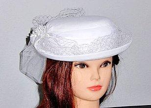 904bd0baa Klobúky. Čiapky - Svadobný klobúčik s dvojakým závojom - 10696466_