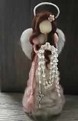 Dekorácie - Anjel z ovčej vlny k prvému svätému prijímaniu stojaty bez ruzenca - 10700238_
