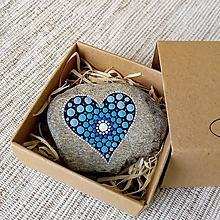 Drobnosti - Modré srdiečko pre mamu - Na kameni maľované - 10702045_