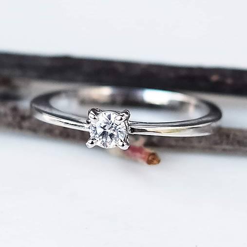 Prstene - Minimalist diamond bridal ring - 10705125_