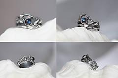 Prstene - Jedinečný prírodný strieborný prsteň s labradoritom - Šum vetra - 10703215_
