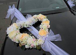 Dekorácie - Svadobné srdce na auto - 10703057_