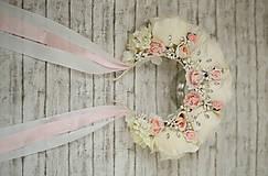 Ozdoby do vlasov - Ružová kvetinová romantická svadobná čelenka s kryštálikmi - 10705139_