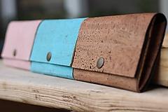 Peňaženky - Korková peňaženka M púdrovo ružová - 10704398_