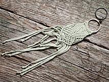 Výpredaj - Kľúčenka - makramé - mnohonôžka