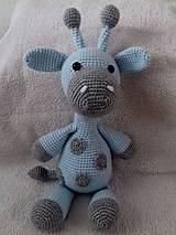 Žirafa Hugo