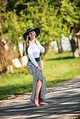 Sukne - Dámska sukňa dlhá pásiky navy - 10702814_