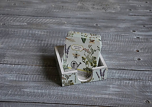 Pomôcky - podložky pod šálku/pohár 8 ks + box -