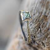 Prstene - Ako požiadať divožienku o ruku /s diamantom/ - 10706177_