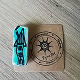 Odznaky/Brošne - Drevená brošňa - 10708307_