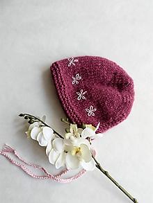Detské čiapky - Čepček s vyšívanými kvetmi - alpaka + merino - 10708023_