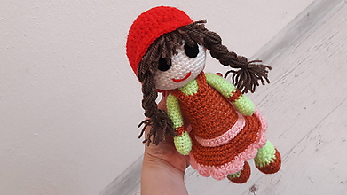 Hračky - bábika v hnedých šatách - 10707237_