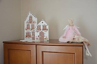 Dekorácie - Rozkvitnuté domčeky - 10709689_
