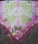Šatky - V rozpuku-hodvábna ecoprint šatka so strapcami - 10711219_