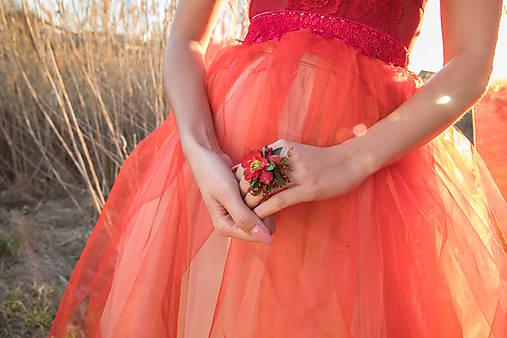 """Kvetinový prstienok """"v krajine makov"""""""