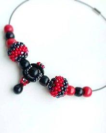 Náhrdelníky - červeno-čierny náhrdelník - 10712497_