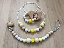 """Detské doplnky - Set hryzátko + retiazka na cumlík + náhrdelník """"Yellow Fellow"""" (S hryzátkom - vtáčik) - 10714184_"""