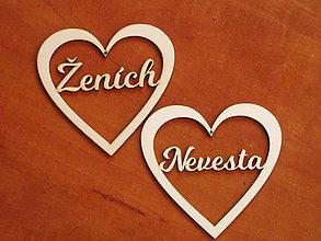 Materiál ručne robený - Drevené výrezy 11cm - srdcia Nevesta a ženích - 10712714_